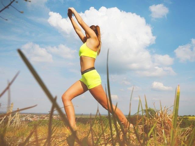bacak inceltme, evde bacak inceltme, evde bacak inceltme hareketleri, bacak inceltme hareketleri
