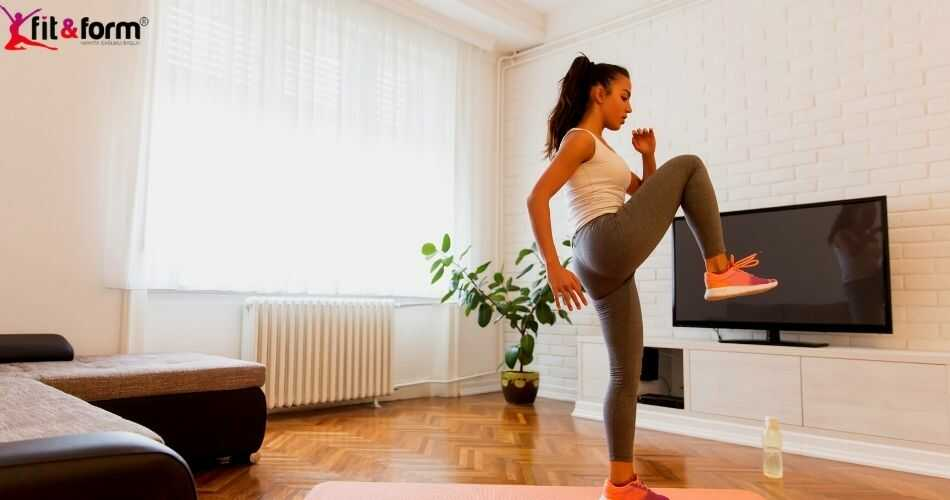 evde fitness yapmak isteyen